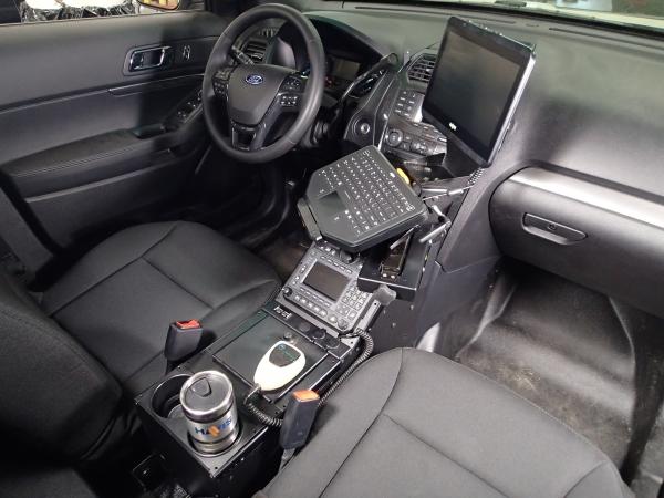 Havis Interceptor SUV Console